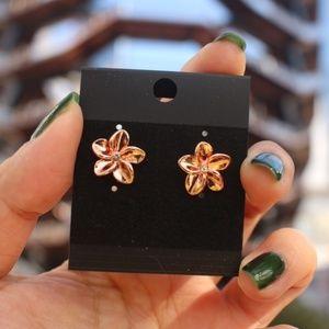 New Luxury rose gold Flower simple stud earrings